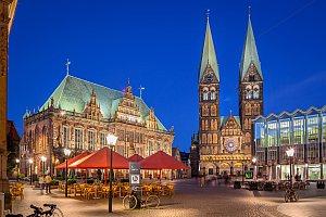 Bremen Marktplatz bei Nacht