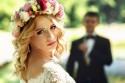 Braut mit Blumen im Haar, Portrait