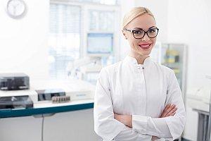 Junge Ärztin Teamfoto