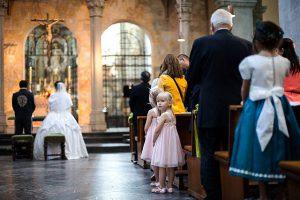 Gäste während der Trauung