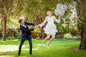 Luftsprung mit Ballons