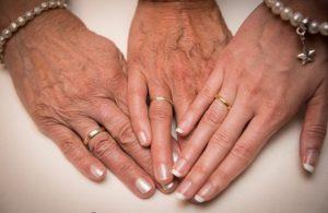 3 Generationen mit Ehering