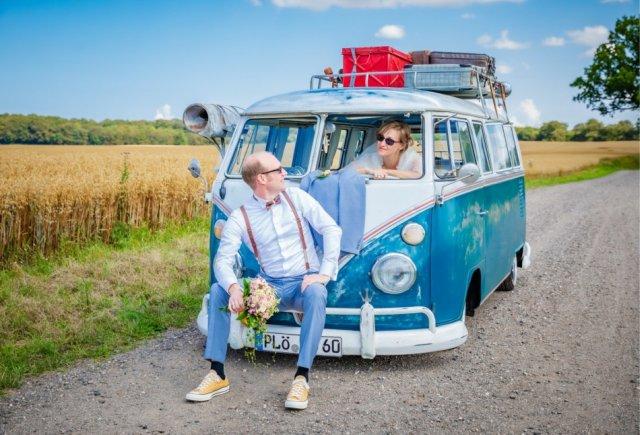 Brautpaar mit Bully in Kiel