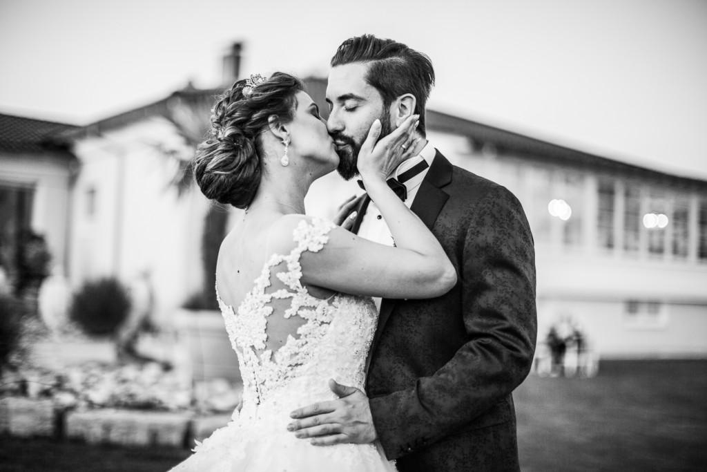 Hochzeitsfoto eines Brautpaars in Stuttgart, Baden-Württemberg