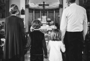 Gruppenfoto Familie bei der Taufe